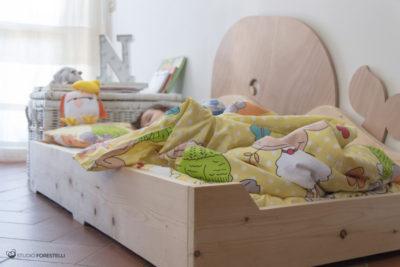 mobyletto lettino montessori forestelli con bambino