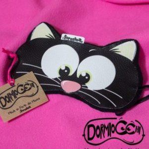 mascherina da notte con il gatto nero